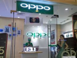 Oppo's huge Black Friday deals cut up to £190 off stunning Reno phones